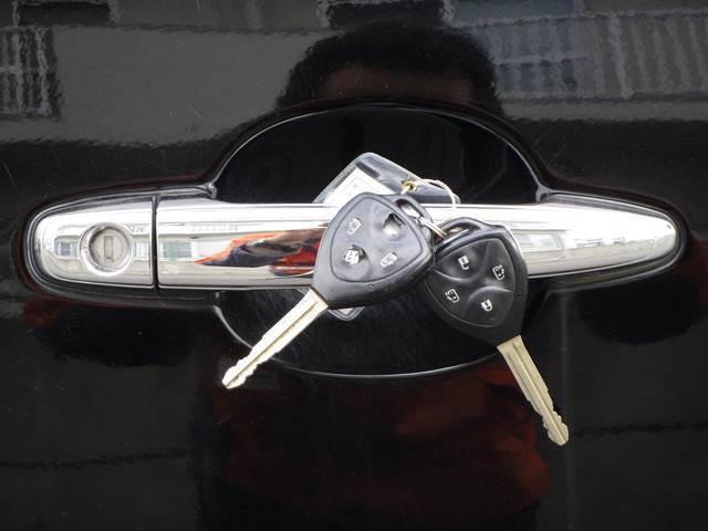 トヨタ ヴォクシー Z煌 4WD 1年保証 Bカメラ HID ETC Tチェーン