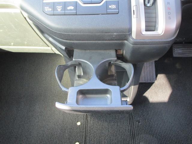 2.0Z 4WD 寒冷地仕様 両側電動ドア フリップダウン(14枚目)