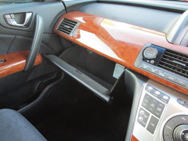S 4WD 寒冷地仕様 両側電動ドア 7人乗 フリップダウン(18枚目)