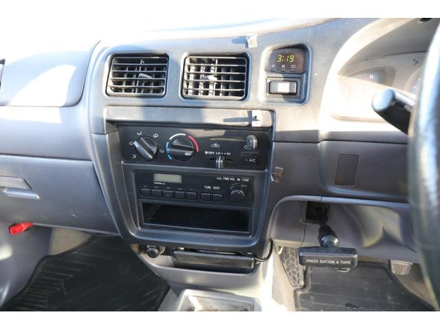 DX 4WD マニュアル5速 荷台板張り 禁煙車 腐食なし(17枚目)