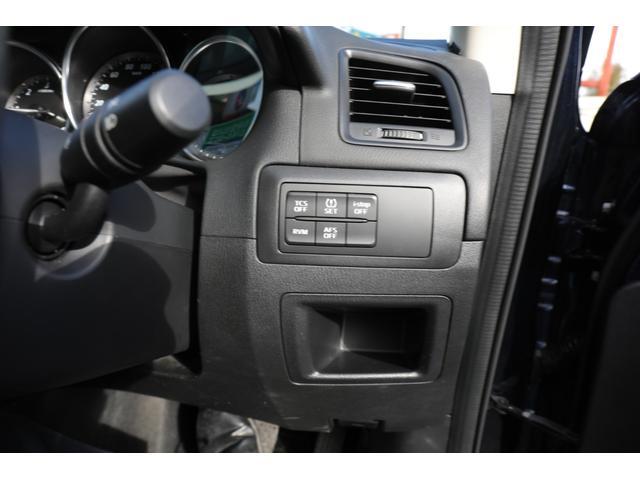 XD 4WD ディーゼルターボ ディスチャージライト ナビ フルセグTV バックカメラ ETC 18インチ社外アルミ ブレーキサポート機能(19枚目)