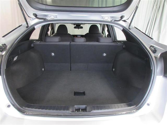 S 4WD 衝突被害軽減システム バックカメラ フルセグ LEDヘッドランプ アルミホイール スマートキー オートクルーズコントロール ETC 盗難防止装置 キーレス 横滑り防止機能 ハイブリッド(19枚目)