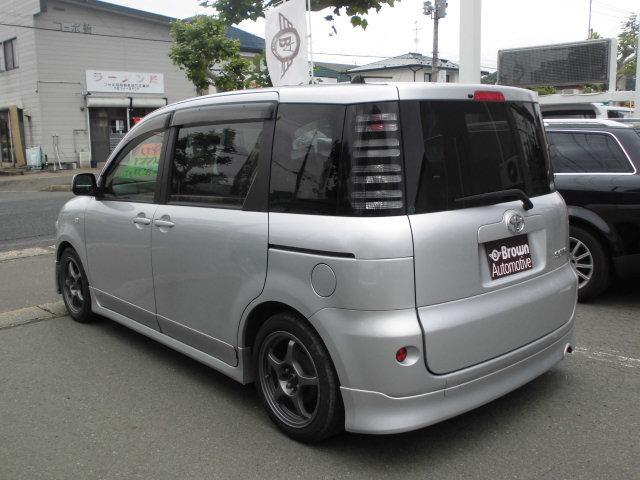 トヨタ シエンタ X スライドドア ローダウン