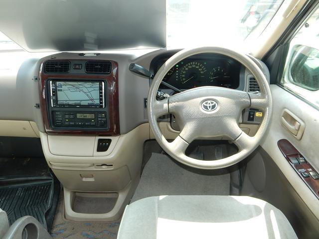 トヨタ グランドハイエース GXエディション 8ナンバー ディーゼルターボ 4WD 8人