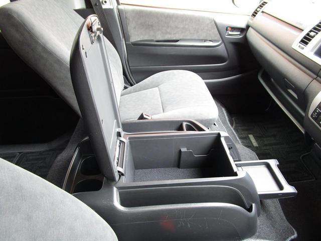 グランドキャビン 4WD10人乗り ETC セーフティセンス(23枚目)