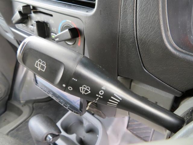 CD 切り替え付4WD ハイルーフ 社外カロッツェリアナビゲーション デジタルテレビ 社外14AW 社外サス スタッドレスタイヤ付 両側スライドドア(16枚目)