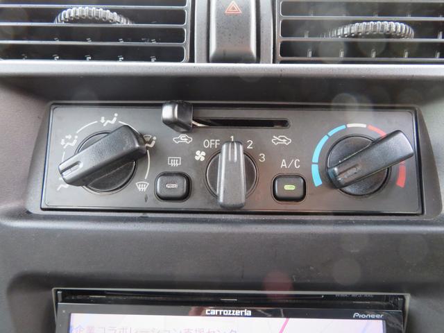 CD 切り替え付4WD ハイルーフ 社外カロッツェリアナビゲーション デジタルテレビ 社外14AW 社外サス スタッドレスタイヤ付 両側スライドドア(25枚目)