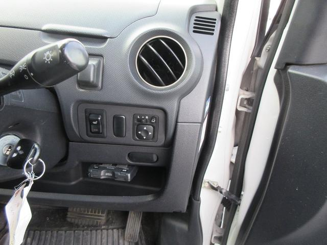R4WD ターボ HID キーレス 地デジナビ(9枚目)