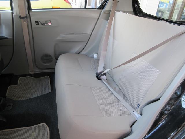 Xf 4WD アイドルストップ CD 元レンタカー 保証付(20枚目)