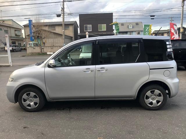 4WD Xリミテッド  純正 DVD  ナビ 2年車検付き(7枚目)