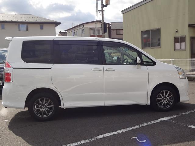 「トヨタ」「ノア」「ミニバン・ワンボックス」「岩手県」の中古車8