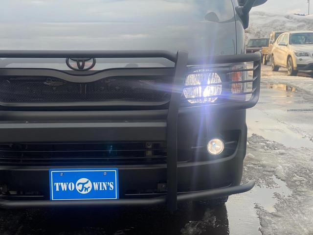 ロングスーパーGL 関東仕入れ 自社オールペンセメントグレー 下部マッドブラック 15インチアルミマットタイヤ インナーブラックヘッドライト LEDヘッドランプ LEDフォグ グリルガード テールガード(41枚目)
