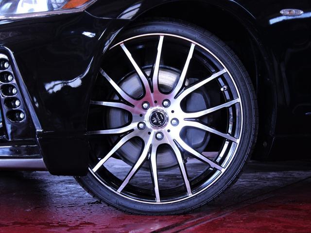 新品20インチホイール。新品タイヤ。純正のホイールもお渡しできます。お好みのデザインのホイールに変更可能でございます。