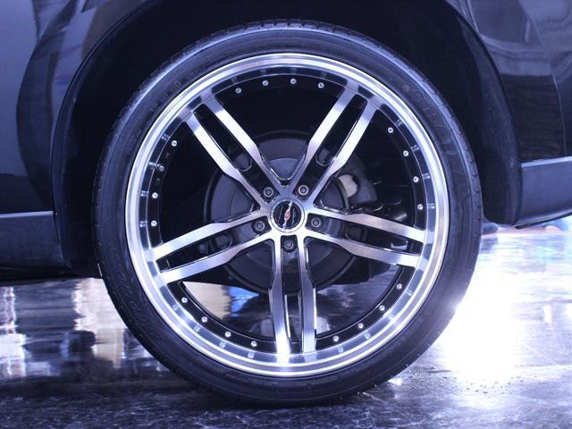 アルミホイールのデザイン変更や追加のカスタマイズも承っております。パーツの持ち込みもOKです。ご希望のお車を制作致します。