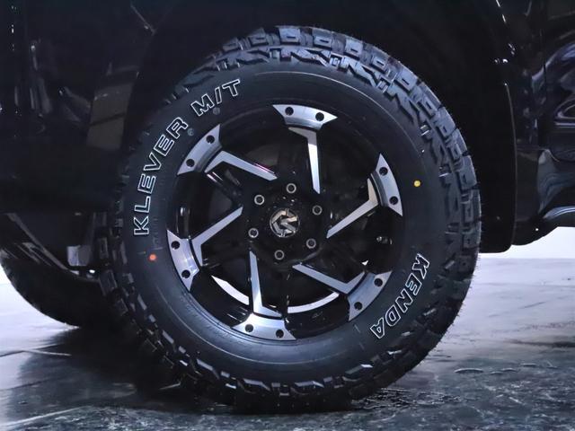 TX 7人乗り/サンルーフ/ワンオーナー/新品ホイール/新品マッドタイヤ/ヘッドライト加工(10枚目)