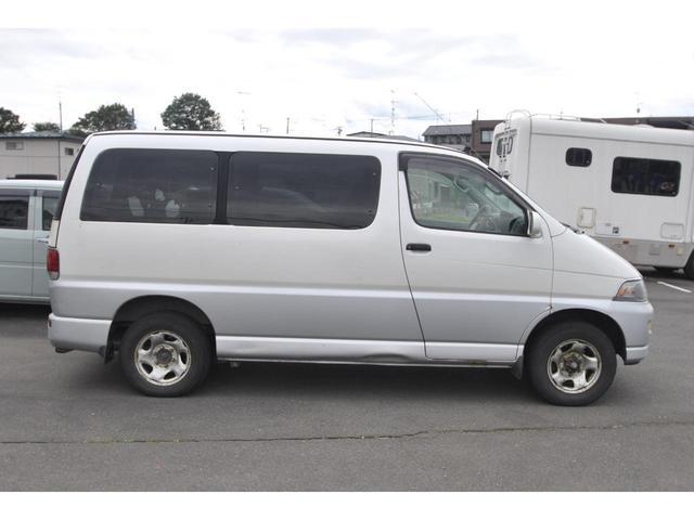 3.0ディーゼルターボ 4WD タイミングベルト交換済み(14枚目)