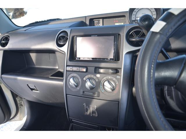 Z Xバージョン 4WD 地デジSDナビ DVD再生 キーレス HIDヘッドライト 純正アルミ(19枚目)