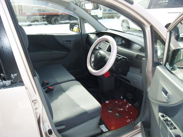 ダイハツ ムーヴ X 4WD AT ナビ