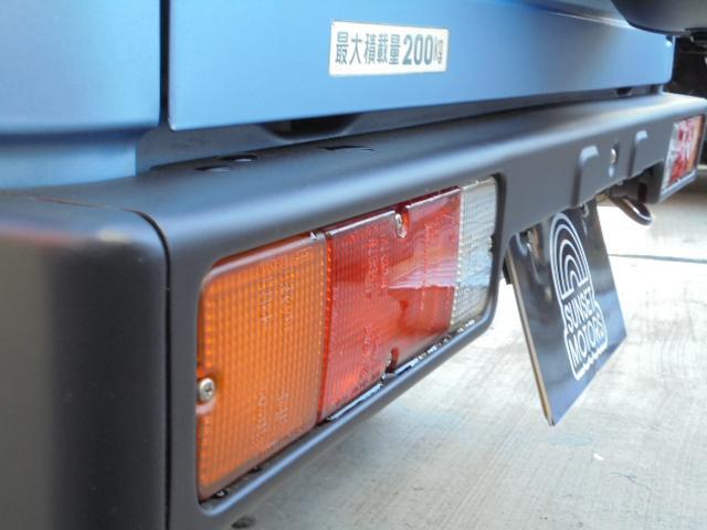 スズキ ジムニー HCターボ 5速MT 4WD