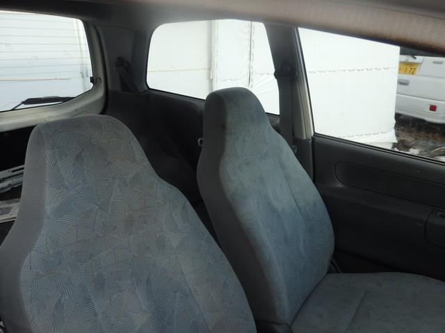 ライラ 4WD エアコン パワステ ETC ラジオ 軽自動車(9枚目)