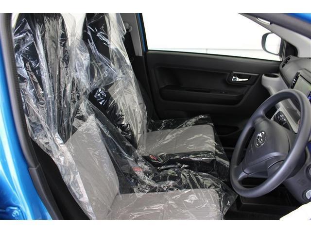 座り心地の良いシート、運転席も助手席もリラックスしてゆったり座れます。