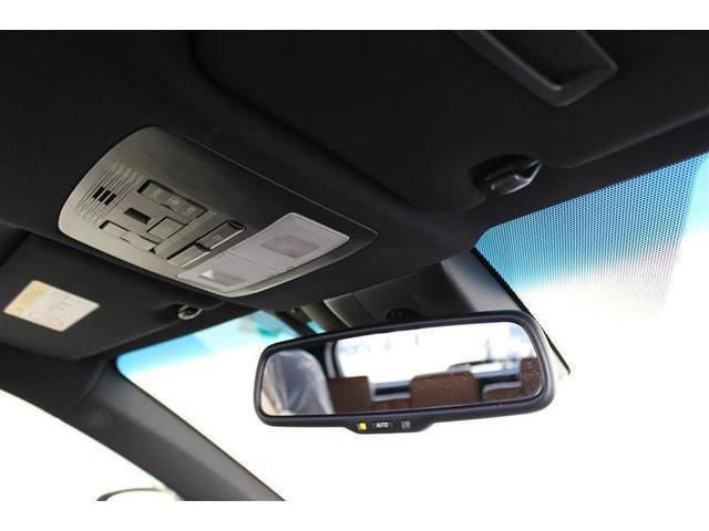 プログレス メタル アンド レザーパッケージ 革シート サンルーフ 4WD フルセグ メモリーナビ DVD再生 バックカメラ 衝突被害軽減システム ETC ドラレコ LEDヘッドランプ ワンオーナー(17枚目)