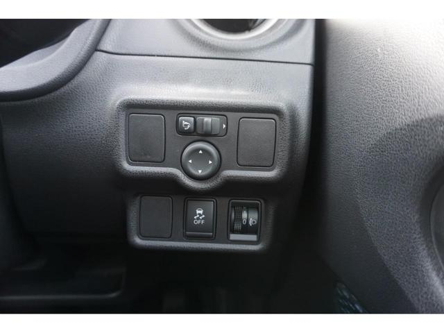 X FOUR 4WD 純正SDナビ スマートキー 3年保証付(12枚目)