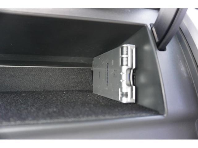 23S 4WD 両側電動スライドドア HID 3年保証付(9枚目)