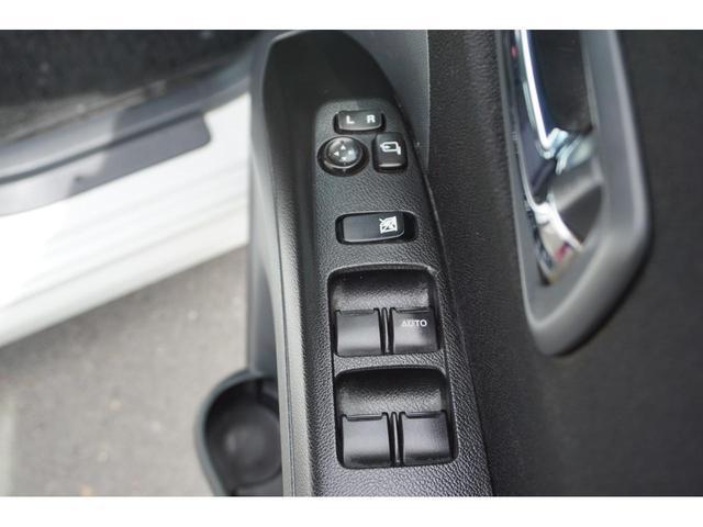 ベースグレード 4WD 社外HDDナビ フルセグ 3年保証付(20枚目)