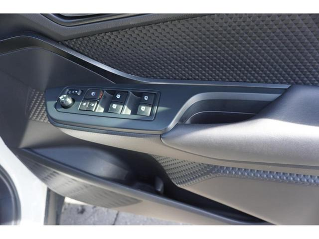 S-T LEDパッケージ 社外SDナビ スマートキー バックカメラ 衝突軽減ブレーキ ETC 純正17インチAW 3年保証付(11枚目)