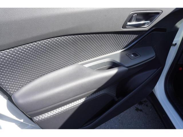 S-T LEDパッケージ 社外SDナビ スマートキー バックカメラ 衝突軽減ブレーキ ETC 純正17インチAW 3年保証付(34枚目)