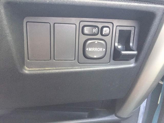 トヨタ イスト 1.5F 4WD