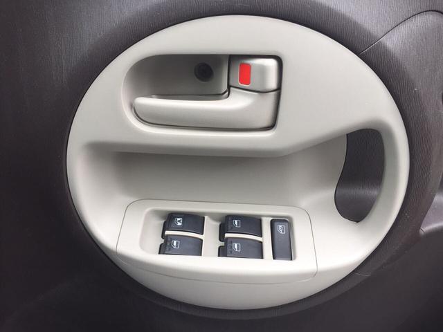 トヨタ パッソ プラスハナ 2WD