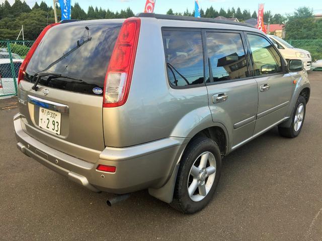 日産 エクストレイル Xt4WD