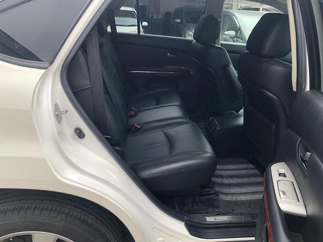 4WD 240GプレミアムLパッケージ パワーシート(12枚目)