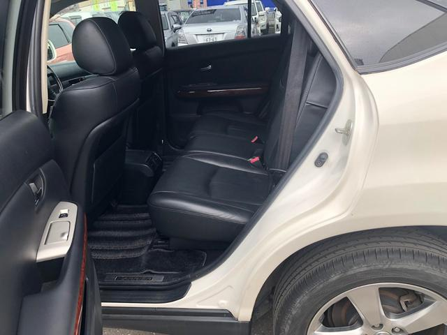 4WD 240GプレミアムLパッケージ パワーシート(14枚目)
