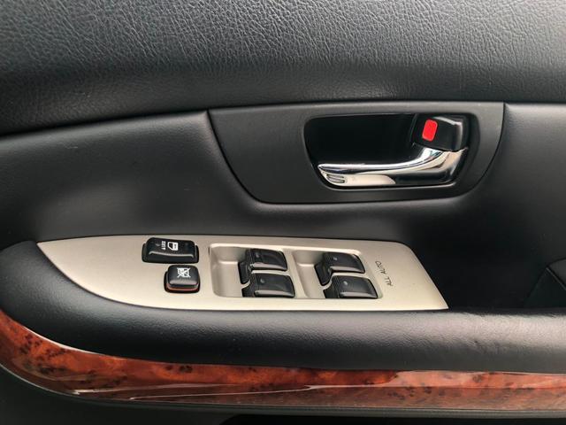 4WD 240GプレミアムLパッケージ パワーシート(16枚目)