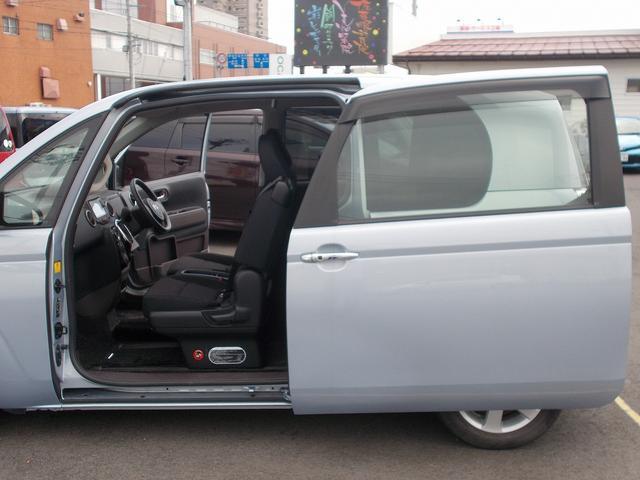 トヨタ スペイド Y ワンオーナー フリップダウンモニター SDナビ 電動ドア