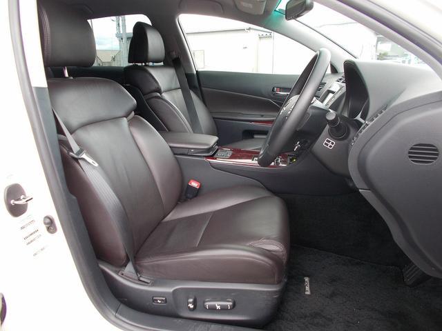 レクサス GS GS350 4WD 黒革電動シート メーカーHDDナビ