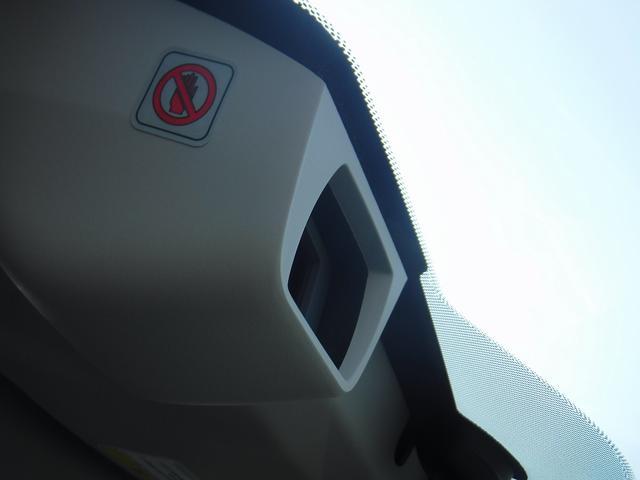 リミテッド 4WDレザーシート衝突軽減禁煙パワーバックETC(7枚目)
