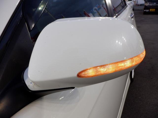 ユーロR 当社買取 社外エンケイアルミ 禁煙車 純正HDDナビ HIDライト フルエアロ 220馬力 キーレス 本革巻きステアリング ETC リアスポイラー 電動格納ウィンカーミラー 衝突安全ボディ UVガラス(35枚目)