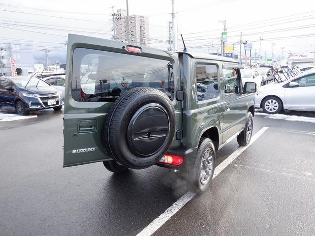 XC 愛知県仕入 4WD LEDライト 衝突軽減装置 スマートキー プッシュスタート クルーズコントロール ダブルエアバック ABS 純正アルミ16インチ 1オーナー 保証書 取扱説明書 スペアキー有(33枚目)