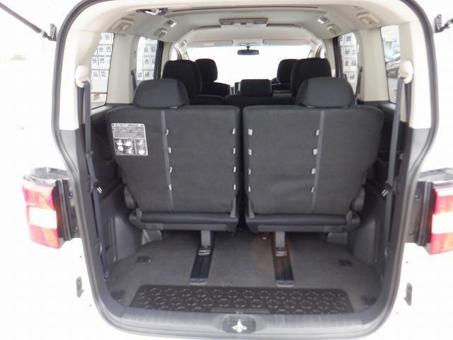 D パワーパッケージ 東京仕入 4WD ETC フリップダウンモニター 両側電動スライドドア シートヒーター 社外HDDナビ フルセグ Bluetooth CD・DVD再生 ミュージックサーバー スマートキー 電格ミラー(12枚目)