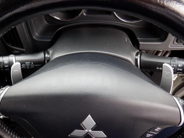 D パワーパッケージ 東京仕入 4WD ETC フリップダウンモニター 両側電動スライドドア シートヒーター 社外HDDナビ フルセグ Bluetooth CD・DVD再生 ミュージックサーバー スマートキー 電格ミラー(27枚目)