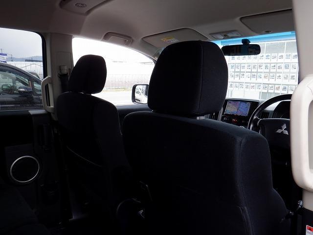 D パワーパッケージ 東京仕入 4WD ETC フリップダウンモニター 両側電動スライドドア シートヒーター 社外HDDナビ フルセグ Bluetooth CD・DVD再生 ミュージックサーバー スマートキー 電格ミラー(46枚目)