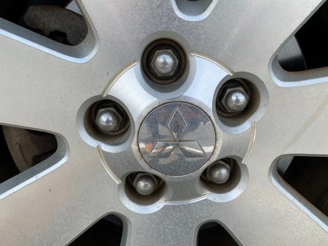 シャモニー 4WD -神奈川県仕入- 両側電動スライドドア 純正HDDナビ CD・DVD再生 ETC バックカメラ 運転席パワーシート フリップダウンモニター パドルシフト 純正18インチアルミ オートライト 禁煙車(74枚目)