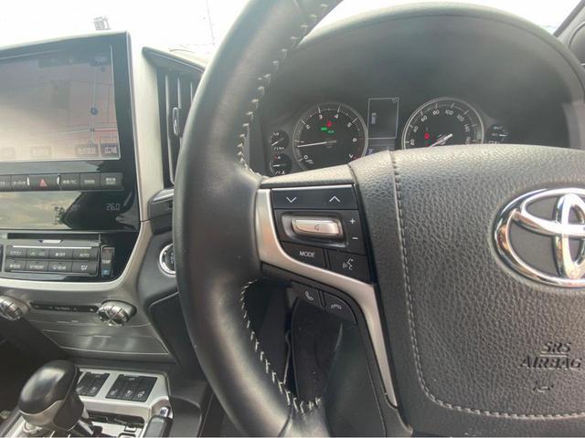 ZX G-フロンティア 4WD サンルーフ キルティング本革電動シート ベンチレーション 全方位カメラ クールBOX ETC2.0 パワーバックドア ブルーレイ BTオーディオ 純正9インチナビ セーフティセンスP 1オーナー 禁煙(19枚目)