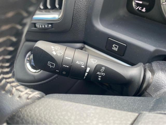 ZX G-フロンティア 4WD サンルーフ キルティング本革電動シート ベンチレーション 全方位カメラ クールBOX ETC2.0 パワーバックドア ブルーレイ BTオーディオ 純正9インチナビ セーフティセンスP 1オーナー 禁煙(21枚目)