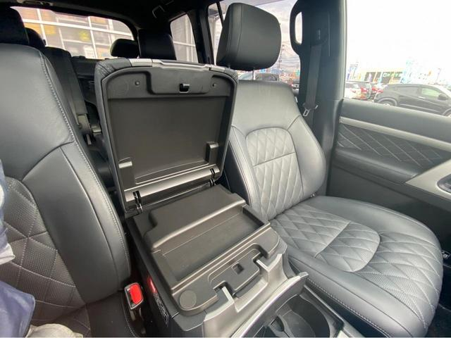 ZX G-フロンティア 4WD サンルーフ キルティング本革電動シート ベンチレーション 全方位カメラ クールBOX ETC2.0 パワーバックドア ブルーレイ BTオーディオ 純正9インチナビ セーフティセンスP 1オーナー 禁煙(36枚目)