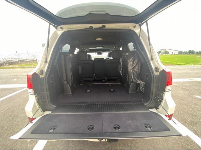 ZX G-フロンティア 4WD サンルーフ キルティング本革電動シート ベンチレーション 全方位カメラ クールBOX ETC2.0 パワーバックドア ブルーレイ BTオーディオ 純正9インチナビ セーフティセンスP 1オーナー 禁煙(68枚目)